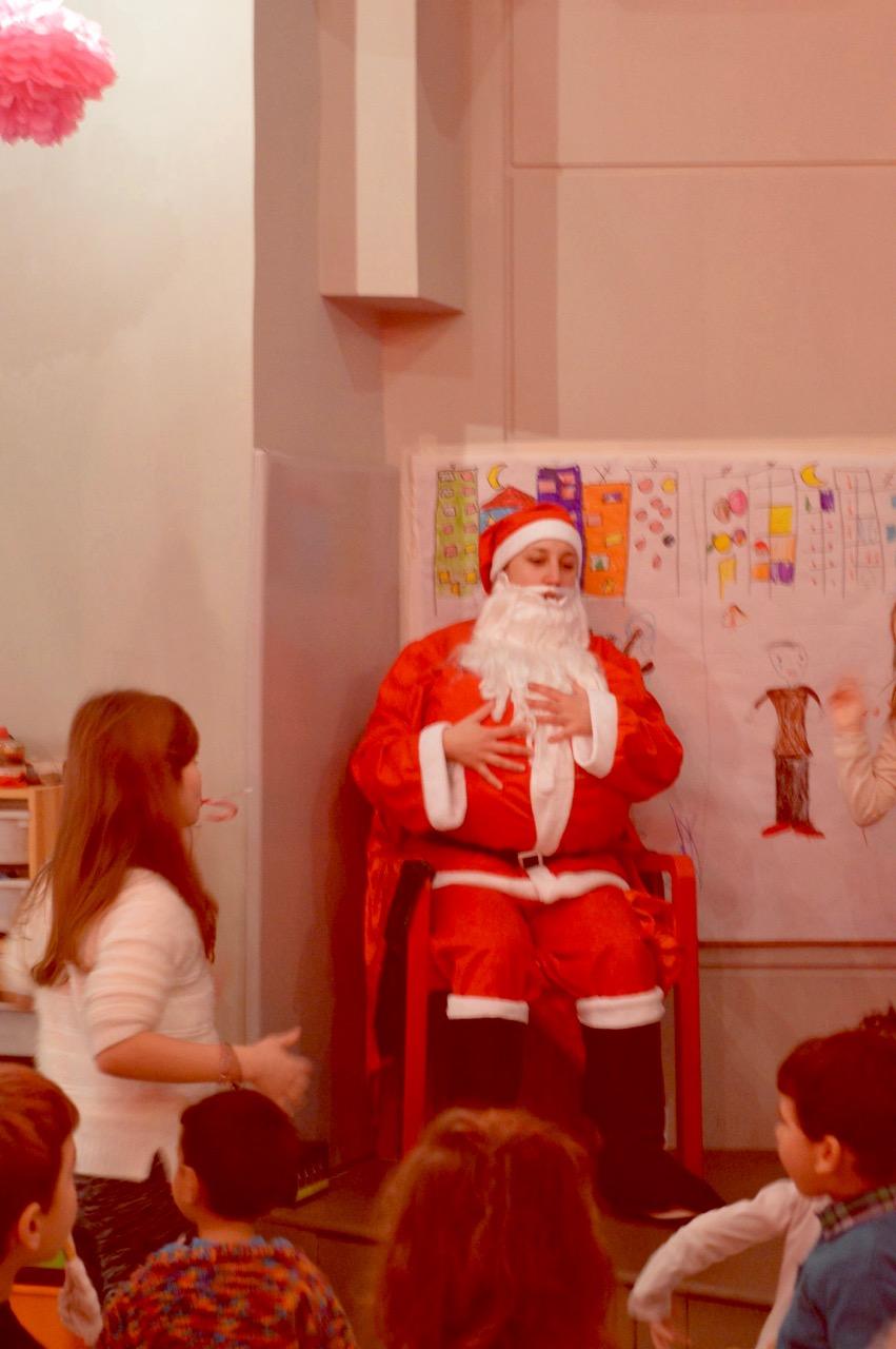 Ειδικές Εκδηλώσεις στον Δον Κιχώτη: Επίσκεψη του Άγιου Βασίλη στο πρωτοχρονιάτικο πάρτυ μας.