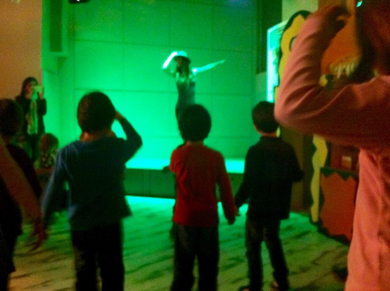 Πάρτυ στον Δον Κιχώτη: Χορός στο πάλκο.